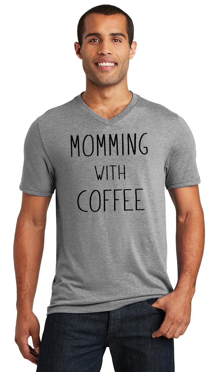 Mens-Momming-With-Coffee-Triblend-V-Neck-Mother-Gift-Shirt miniatura 9
